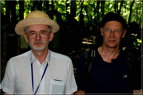 "The ""Grave Hunters"" Tomasz Lissowski and Jurgen Stigter at the Jewish Cemetery of Warsaw (Photograph by Calle Erlandsson)"