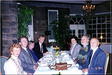 Ken Whyld together with Anny and Kurt Landsberger at a business dinner.