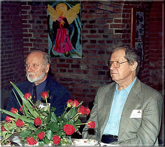 "Ken Whyld and Yuri Averbakh ""Tassilo von Heydebrand und der Lasa and his Chess Collection"" International Conference of Chess Historians Kórnik, Sept. 16-18, 2002 (Many thanks to Tomasz Lissowski for this fine photo!)"