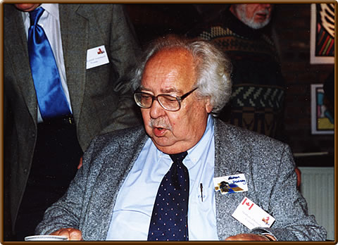 Nathan Divinsky at the 1st Kórnik Conference in 2002 (Photo received from Tomasz Lissowski)